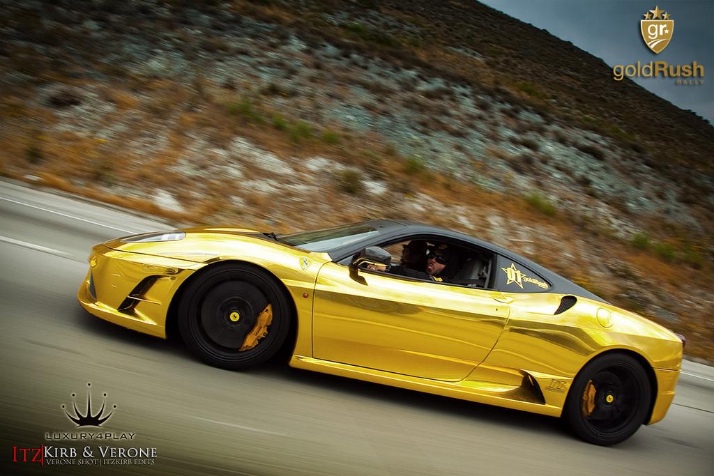 Gold Ferrari 430 Scuderia