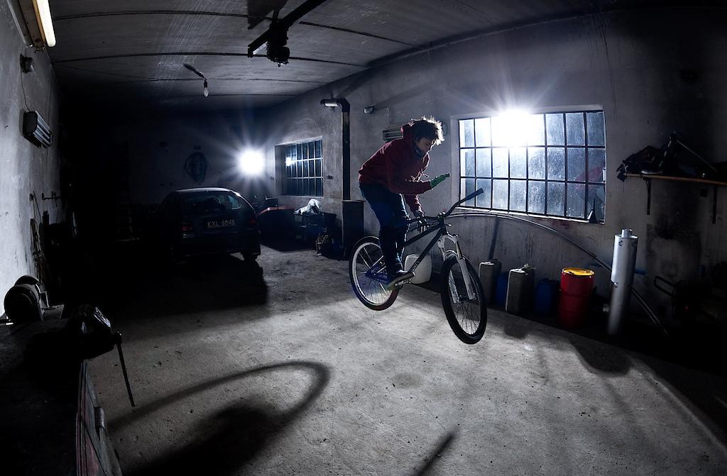 Night jam at Shamanns' backyard. Szymon Godziek with his Cody. dartmoor-bikes.com