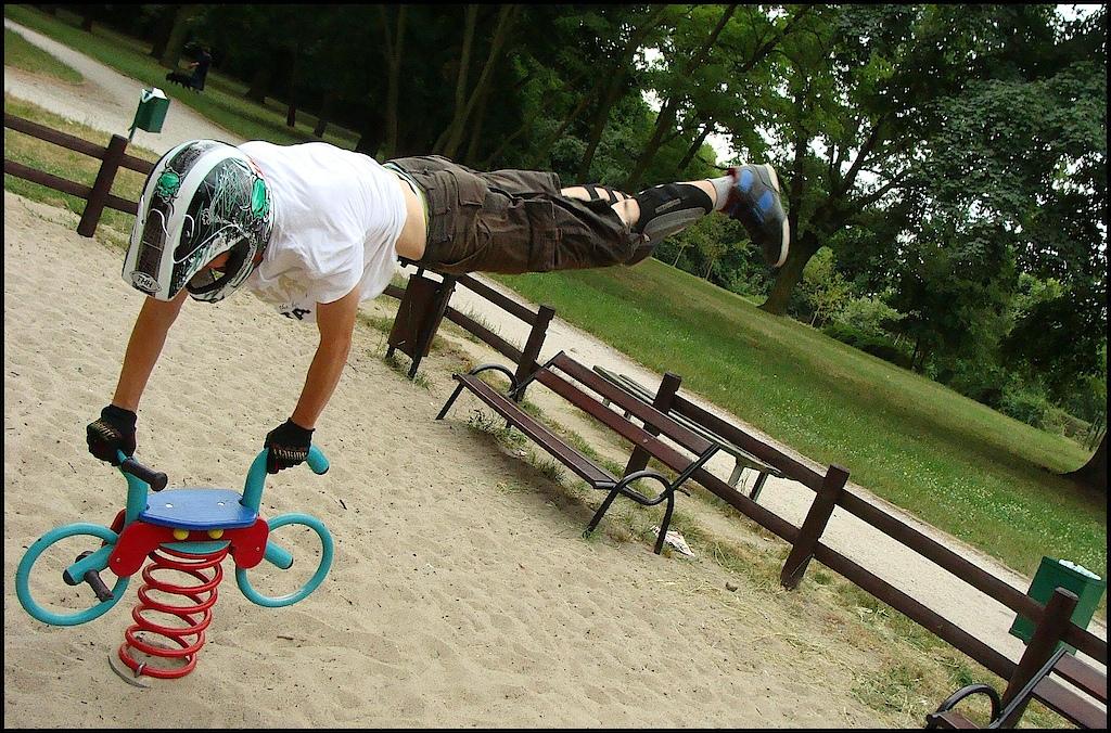Spontaneous photo on playground-city center Poznań