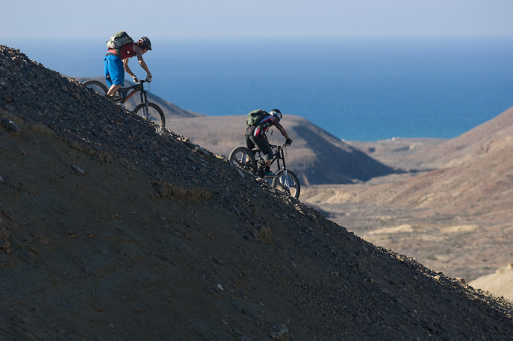The riding in Punta San Carlos is predominantly soft dirt single track in the desert, and there are several hundred feet of elevation in the immediate area, making for some easy climbs and really fun pseudo downhill runs.