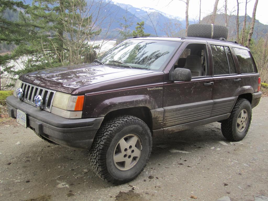 Lifted 1994 Jeep ZJ 4.0L, 31's