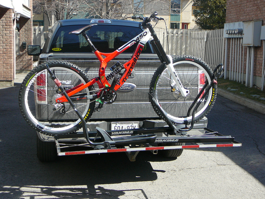 bike demo rack watch style platform overview mount twotimer and hitch yakima