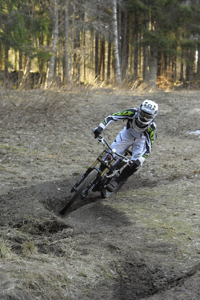 Downhill training at home