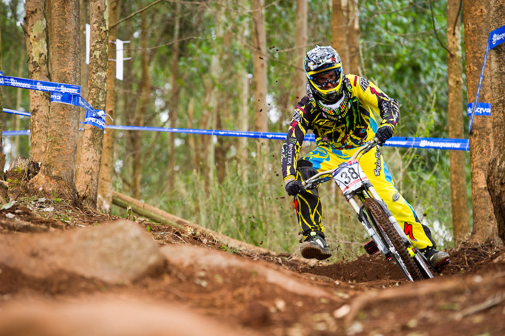 Full moto in the same drift zone is none other than Mr Sam Hill. Look to see this gaudy kit replaced with rainbow stripes come race day,
