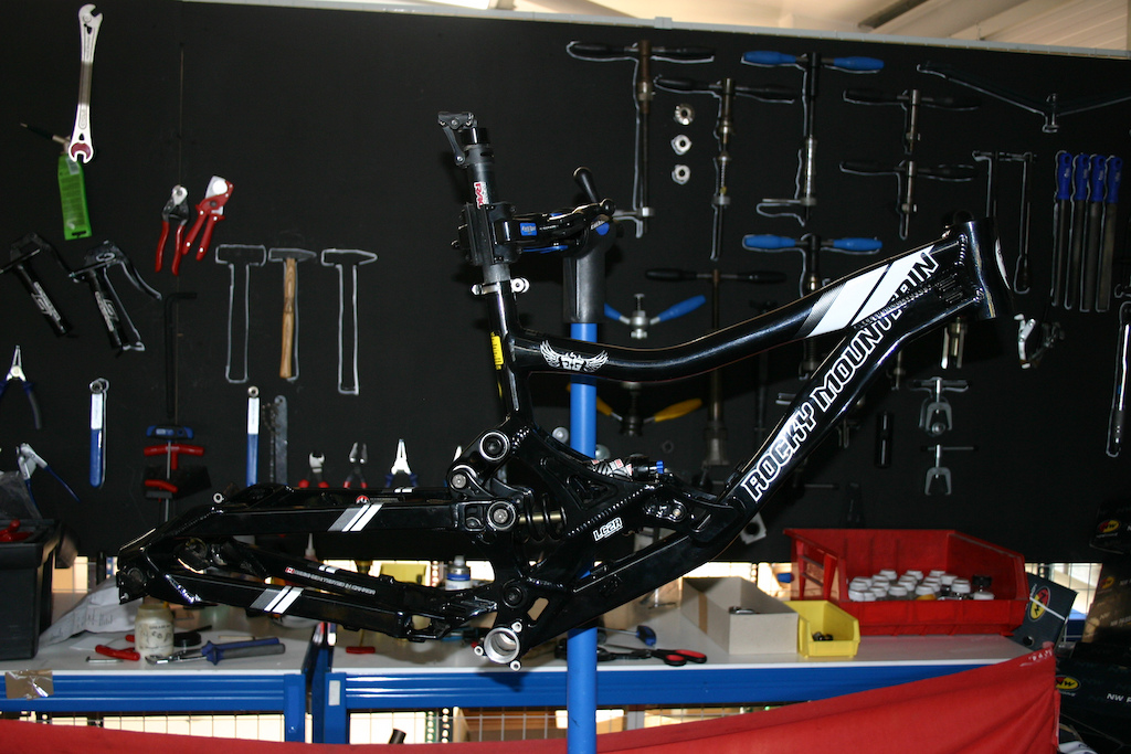 rocky mountain flatline pro 2009 ltd edition.