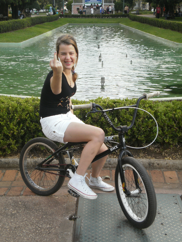 Marina in the square of freedom in BMX KINK FUCKKKKKKKKKKKK YOU !!!