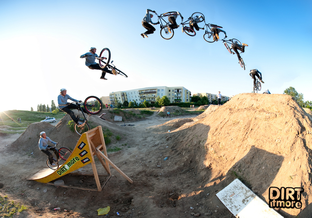 triple tailwhip on the 9 meters dirt after http://www.pinkbike.com/news/Warsaw-Sony-VAIO-DIRT-MASTERS-4-BRO.html Photo by DIRT IT MORE