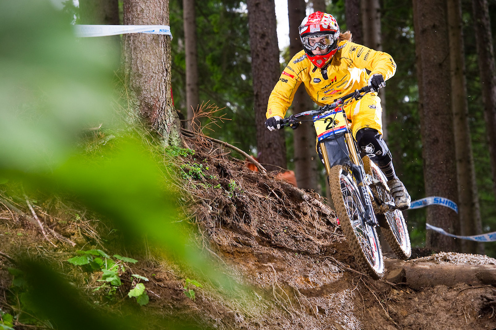 Floriane Pugin was all business during her final run. She was back .5 seconds behind Rachel Atherton at the first split but managed to pull it together in the bottom woods to surge ahead by 2.583 seconds.