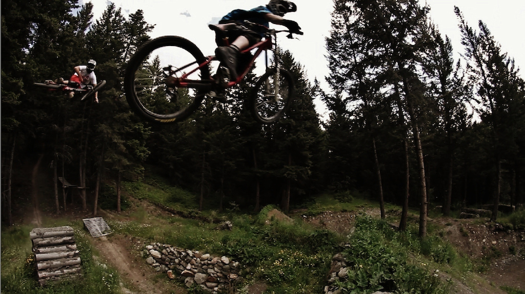 Just a frame grab to give you a good idea of how big the jumps at Brad's house actually are. Big enough for two guys to get sideways at the same time! http://www.facebook.com/pages/Silvia/149128011826656