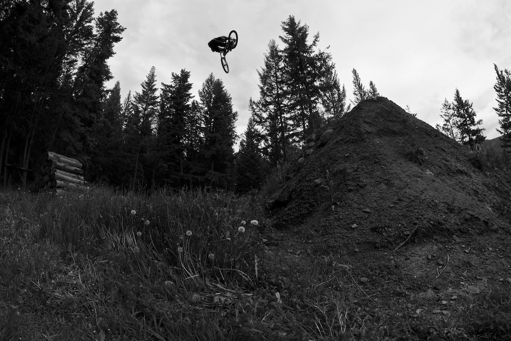 Brad invited us to shoot a day of shredding his world class back yard. Look out for the video coming this week.