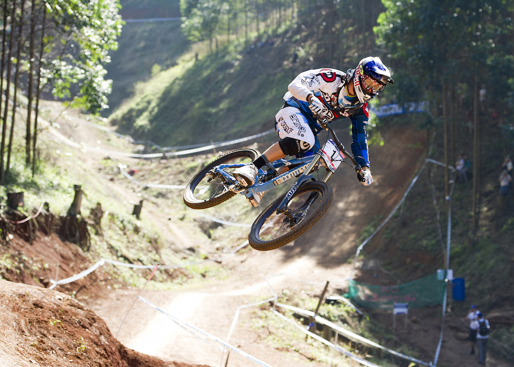 For the opening round of the 2011 UCI Mountain Bike World Cup, the athletes have returned to Pietermaritzburg in April. The DH races were tough but Gee Atherton still managed to hold onto a 3rd place finish.