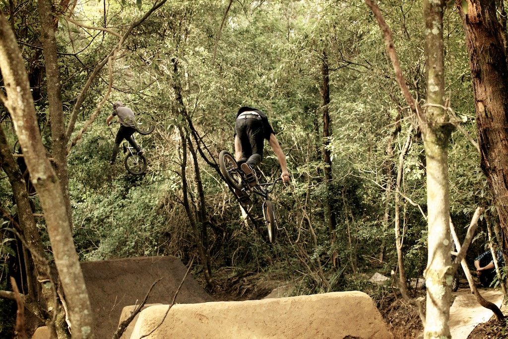 Josh Stead and Chris Harti flowing the trails for Unit's next BMX trails video.  Photo: Raine Turnbull