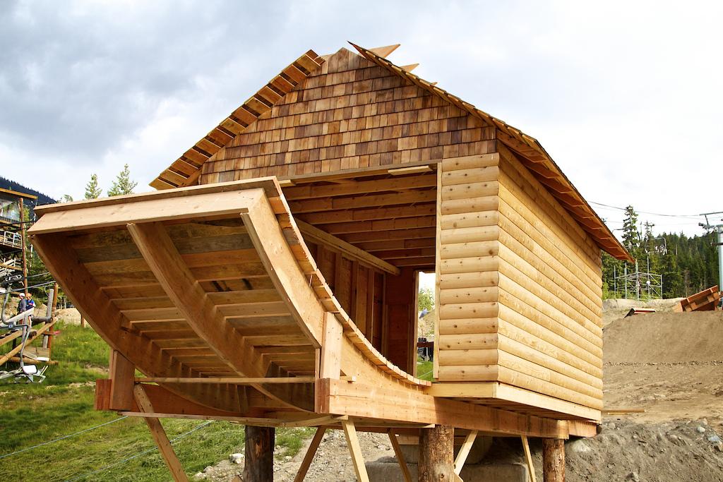 Building of the Boneyard for Redbull Joyride 2011. Final jump hut. Looks great!