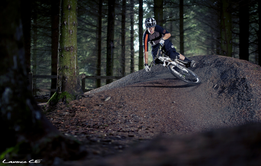 Donny claims this corner to be his favorite corner in the whole forest and Im not surprised why. Getting super low and super pinned through this its actually enjoyable to watch. Can we name this Donny Corner? - Laurence CE - www.laurence-ce.com