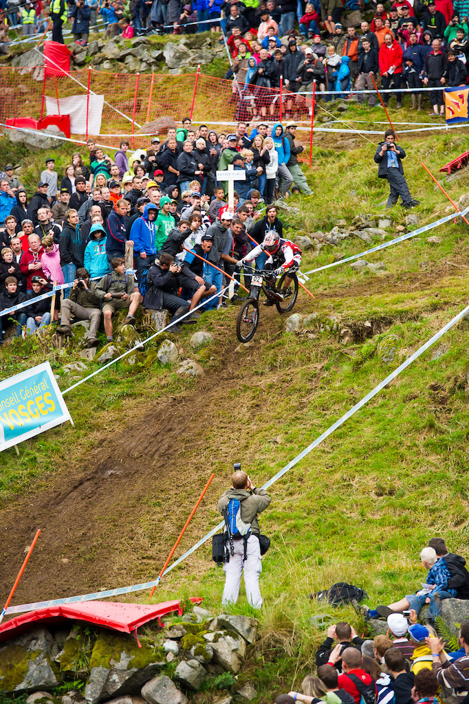 It s been a rough year for Minaar the win here in La Bresse was a welcome won and just offset the sting of Aaron Gwin sealing the deal on the World Cup over all win.