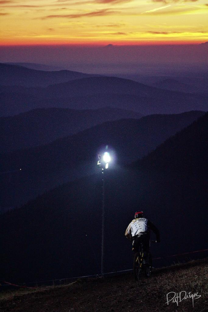 24h Downhill. Race The Night 2011