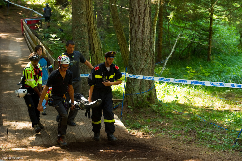 Off the bike here is serious business. There were 3 heli flights out yesterday during training. Filip Polc of MS-Evil was able to walk away from his encounter with a tree but course medics opted to play it safe and haul him out on a backboard for a complete evaluation. So far reports are that Polc will be ok.