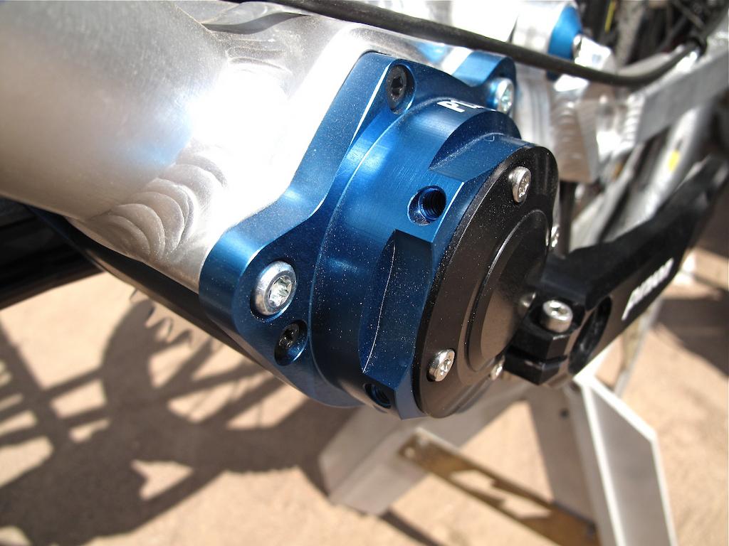 Pinion gearbox on Nicolai