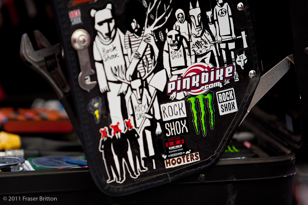 Everyone loves Pinkbike and hooters