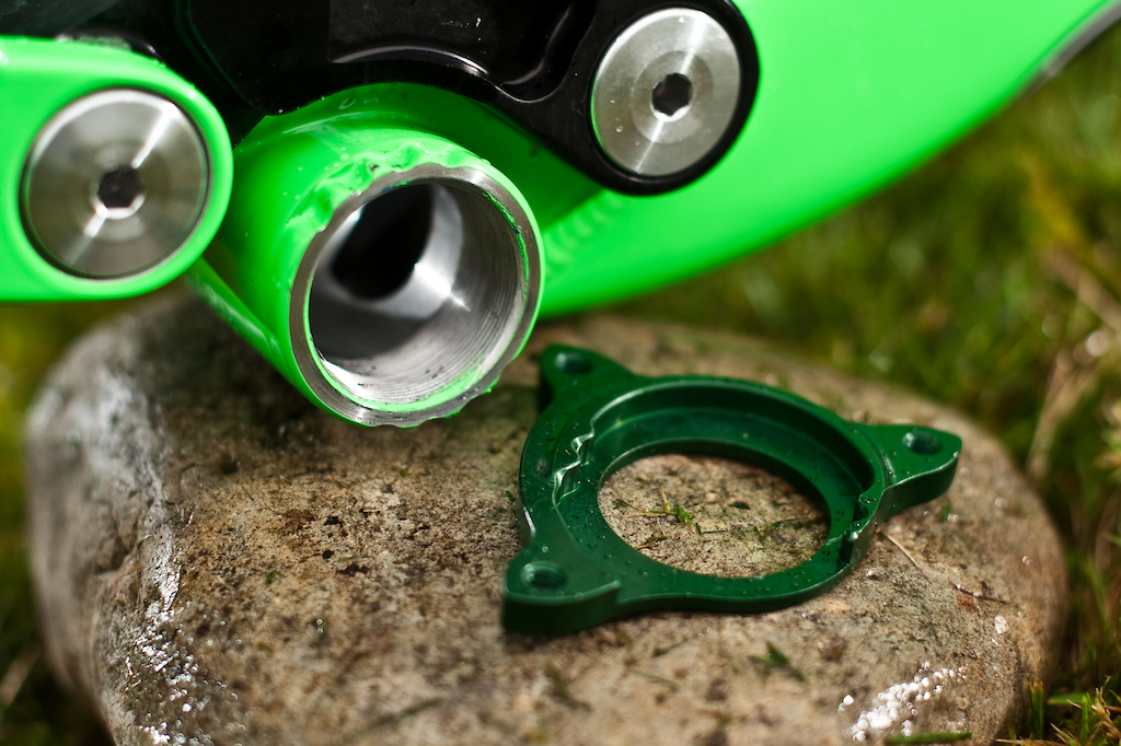 Cove's uniquely notched BB mount chainguide adapter prevents slipped guides or damage to chainguide tabs due to impact.