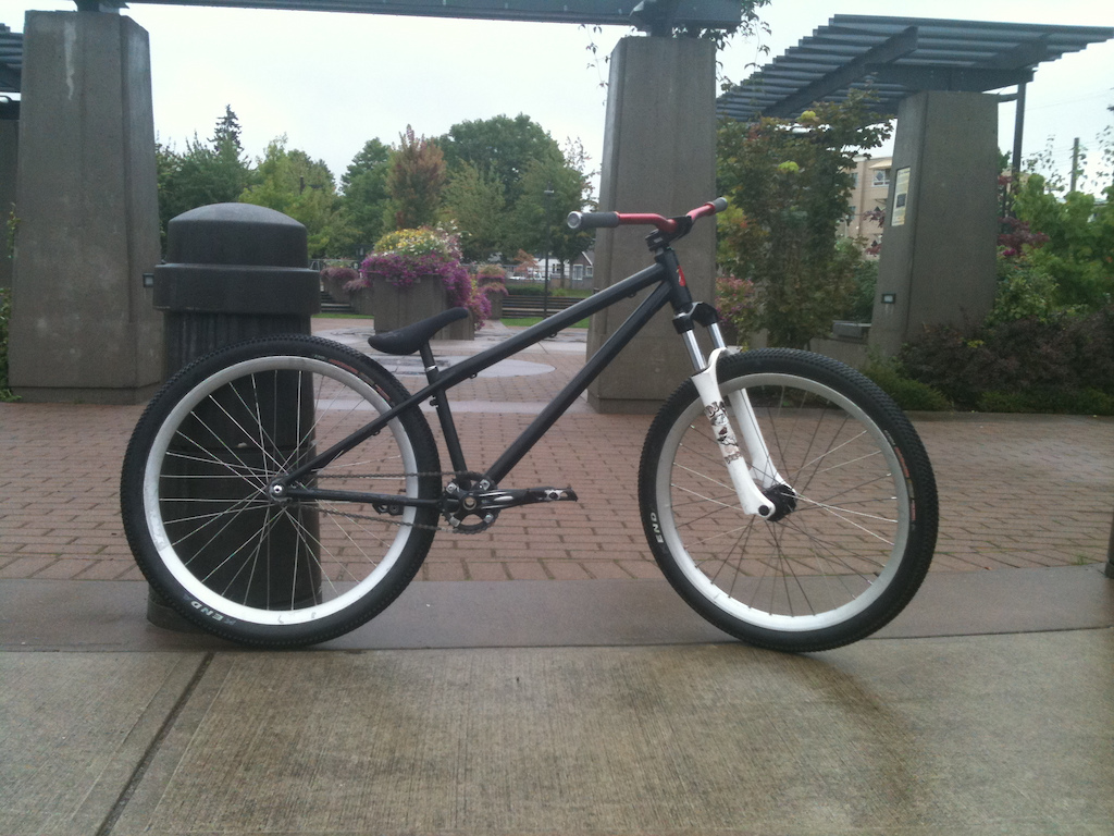 a few pichurs of mah bicycle