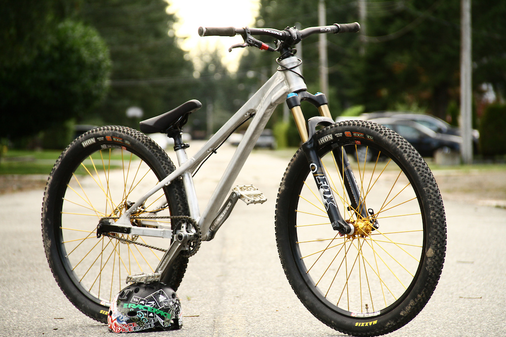 2012 Morpheus DJ Bike, yet to be named. sub 23lbs http://twitter.com/#!/mitchchubey