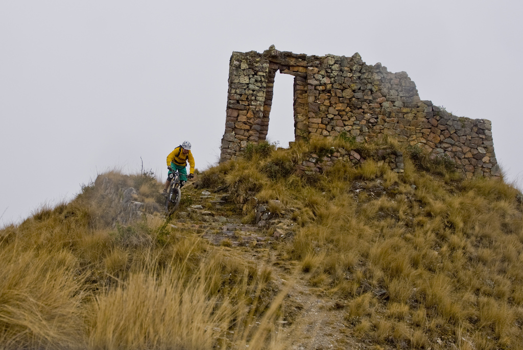 Dopping in from an Inca ruin... sadly had bad photo light, but the place is awesome!