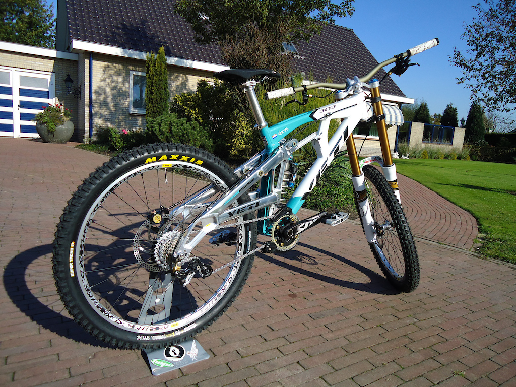 this is me new bike for 2012.