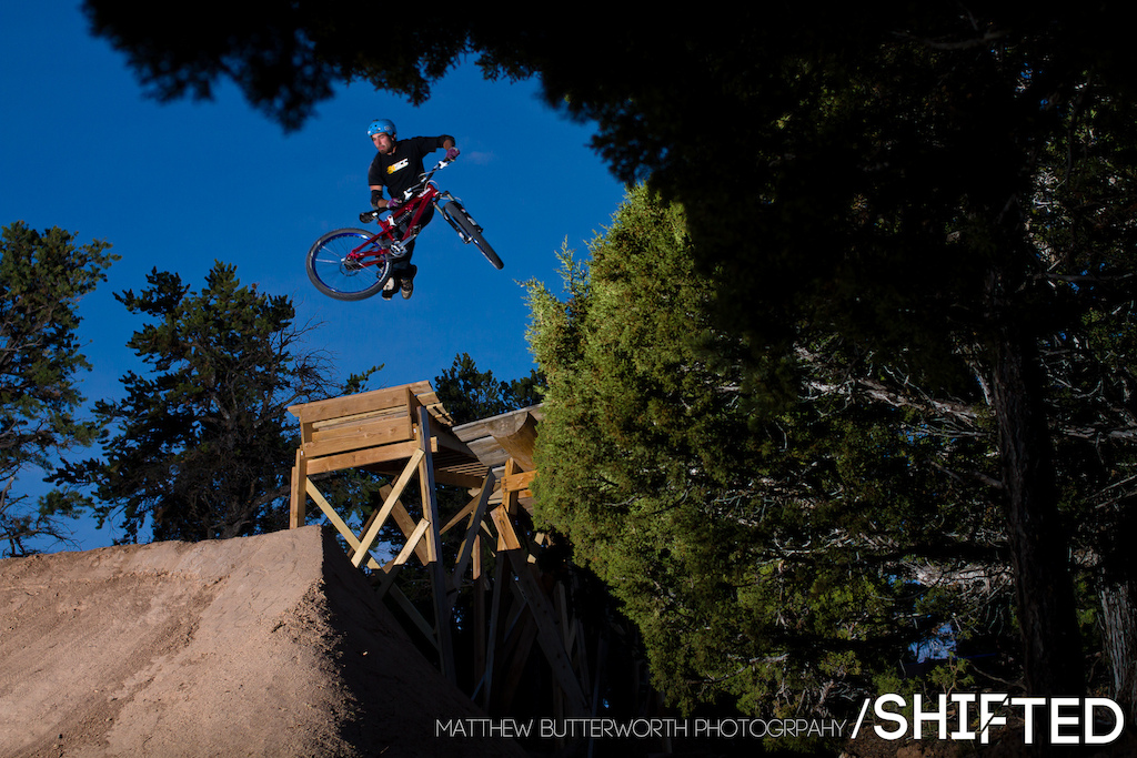 Garrett Robertson tailwhipping the boner log at Ranch Style. If you want to know whats going on with the film join our facebook group Will be posting behind the scenes stuff in there as well. www.facebook.com shiftedbikefilm