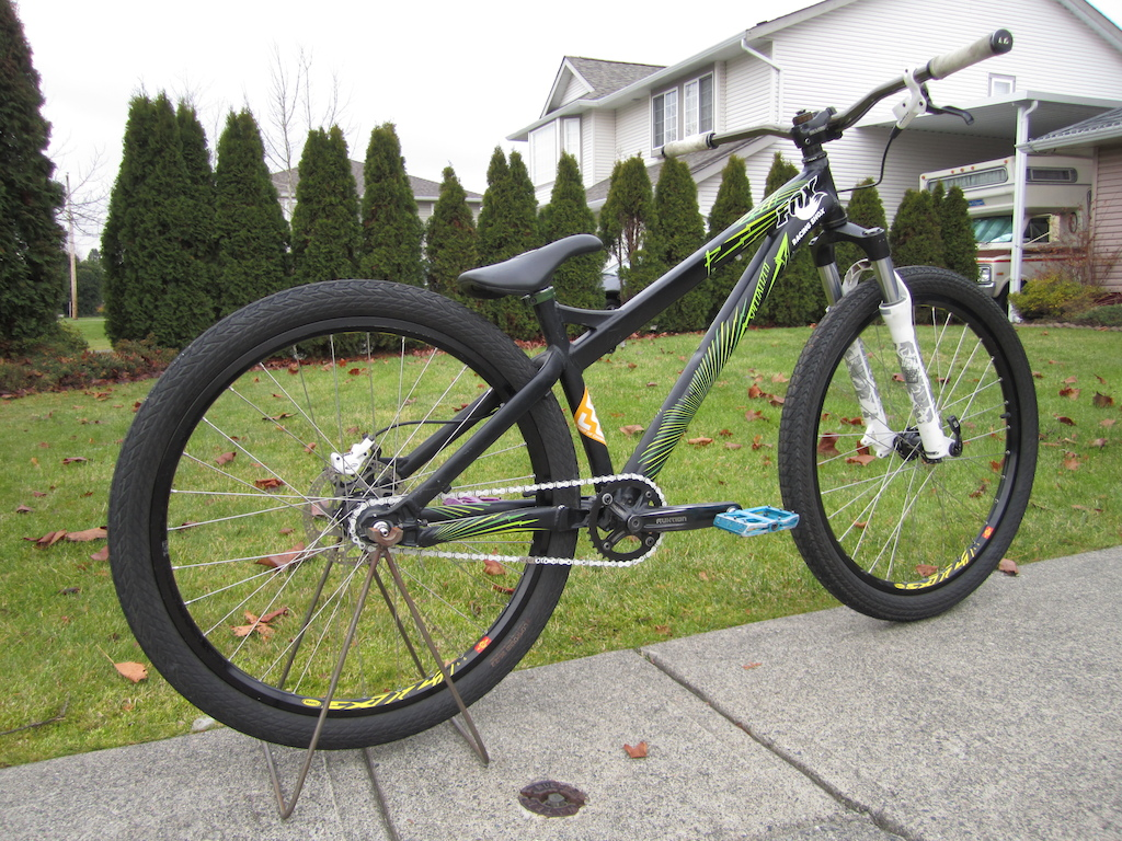 2010 specialized p2 update, new wheels, bars, and pedals. dialed