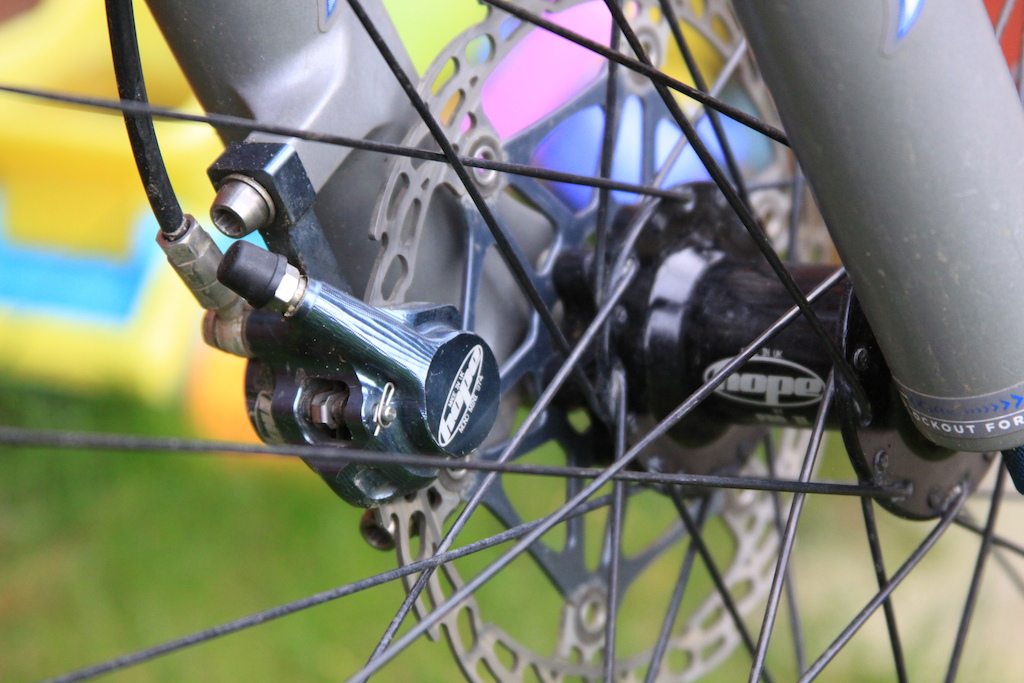 Hope Mini Calipers and Hope Pro II hubs