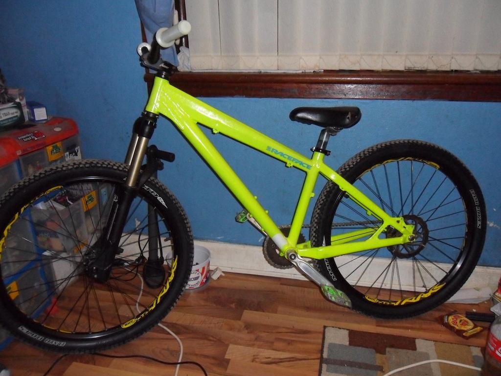 Fully rebuilt bike, frame glows in the dark