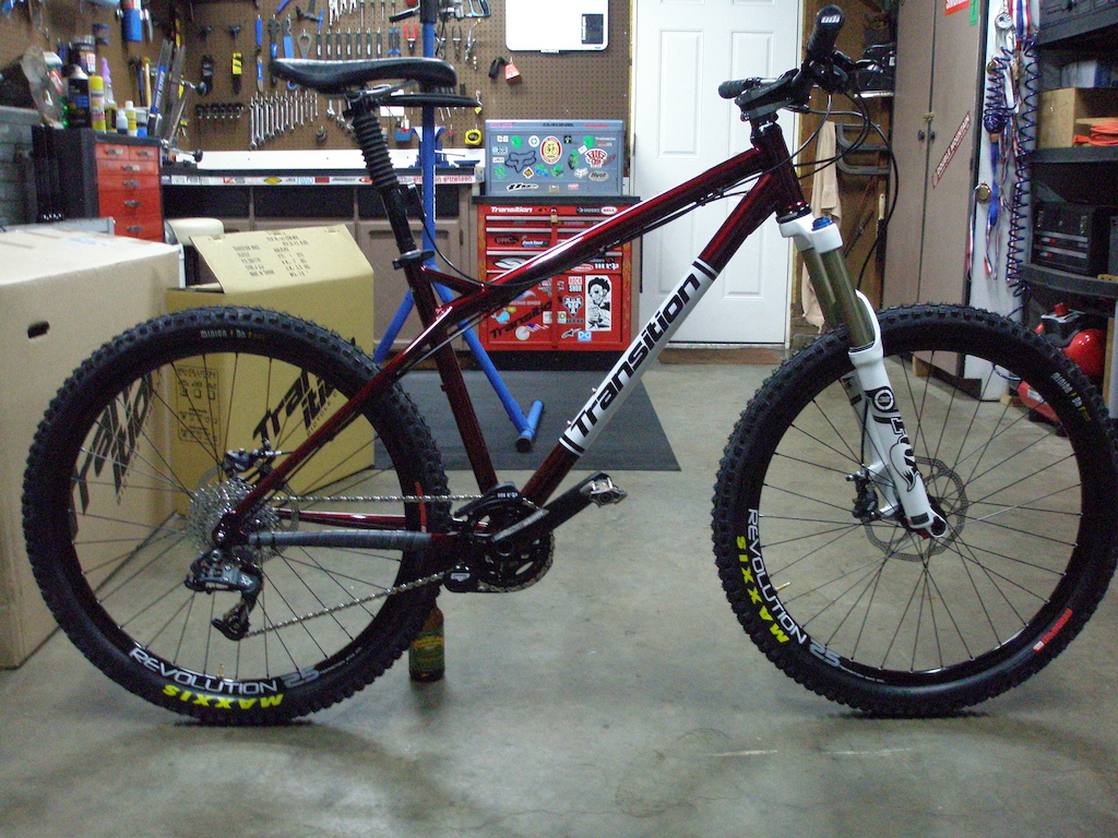 Not a 29er! 32 Fox Float 140, 1x10 w/MRP guide, Easton Havoc bar and stem, Gravity dropper and tubeless set up. Steel baby, real steel! Ready to rip.