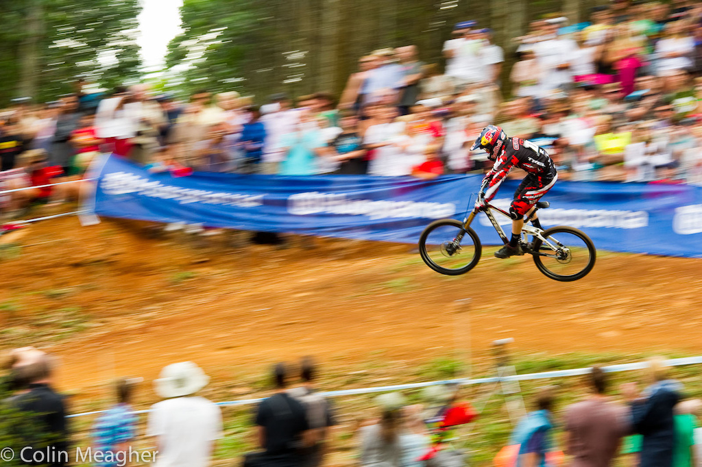 Aaron Gwin on his way to 2nd place at the Pietermaritzburg UCI World Cup DH