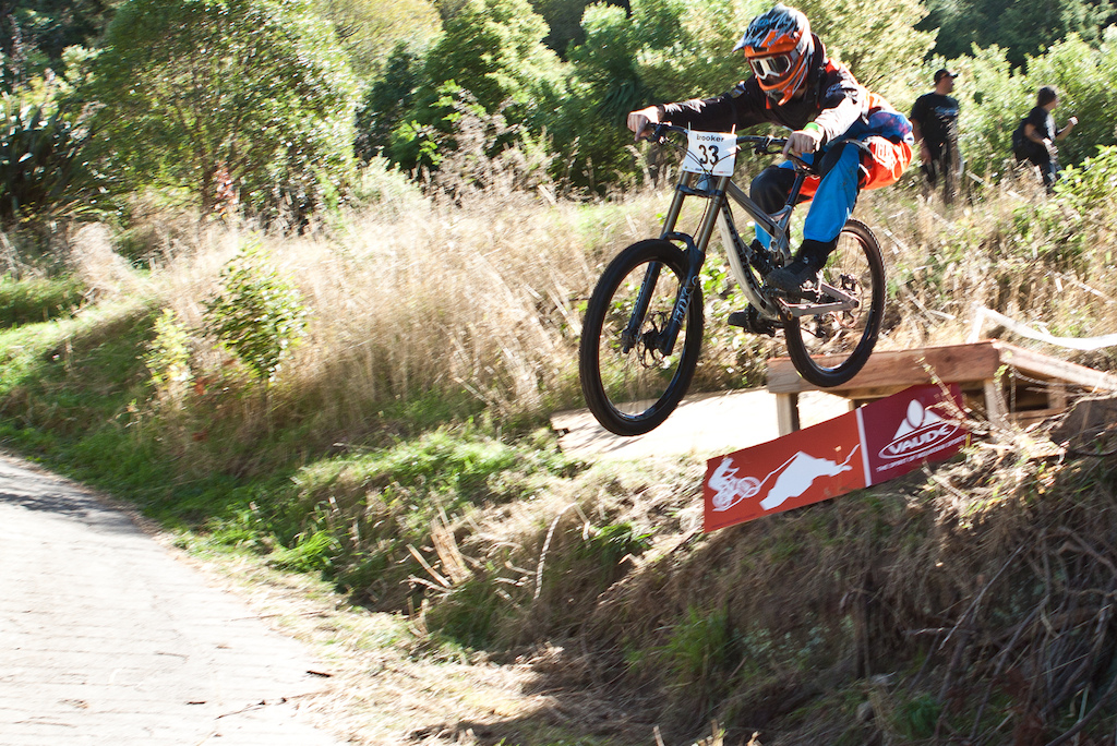 The first Urban Downhill race in New Zealand Shot by Nick Middleton and Kirsty Sheppard