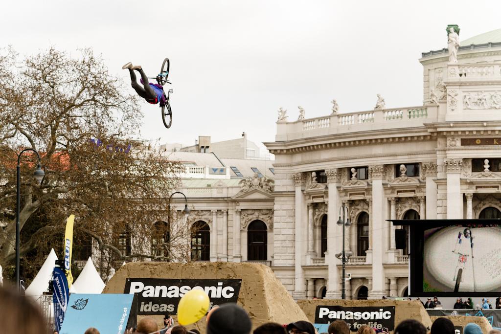 Jon alm Hogman superstylish Superman at the 2012 Vienna Air King FMB event.