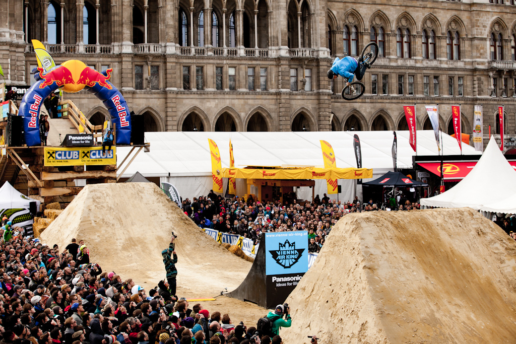 Luis Reboul 360 flatspin at the 2012 Vienna Air King FMB event.