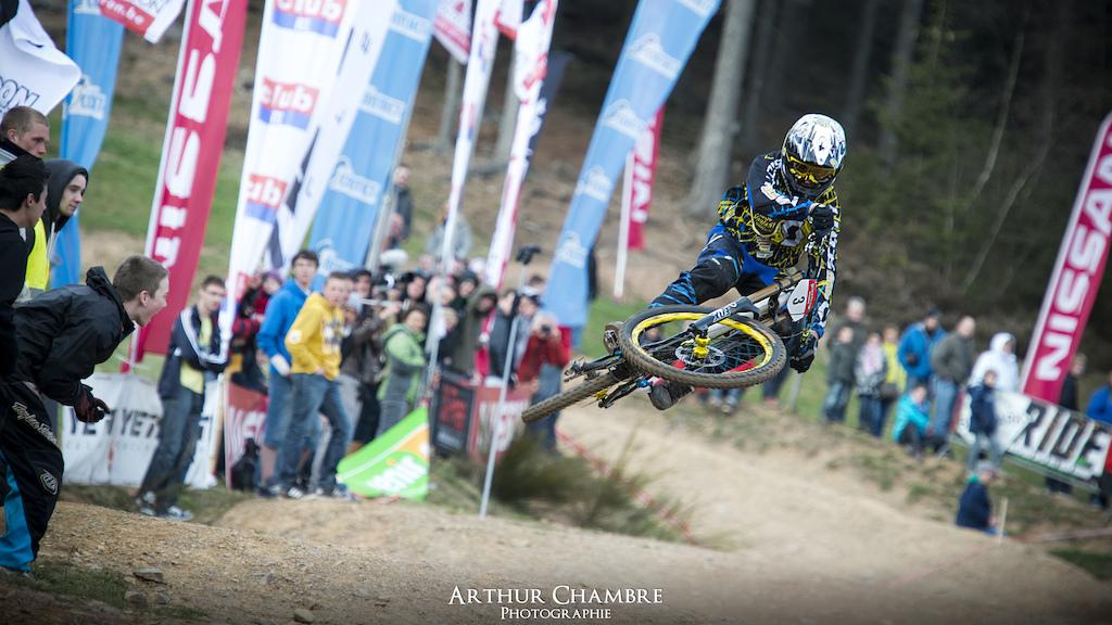 Nissan Downhill Cup 2012  ©Arthur Chambre