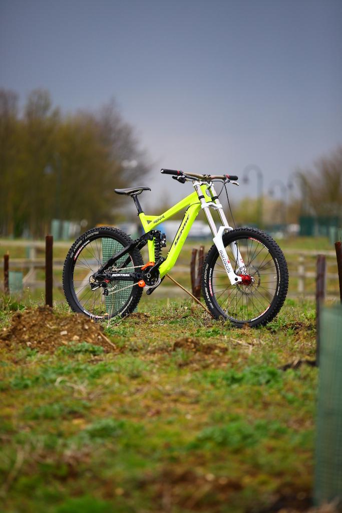 "The new Identiti Mogul DH frame set  RRP £1099 64 Head angle 7.5"" 150mm rear"