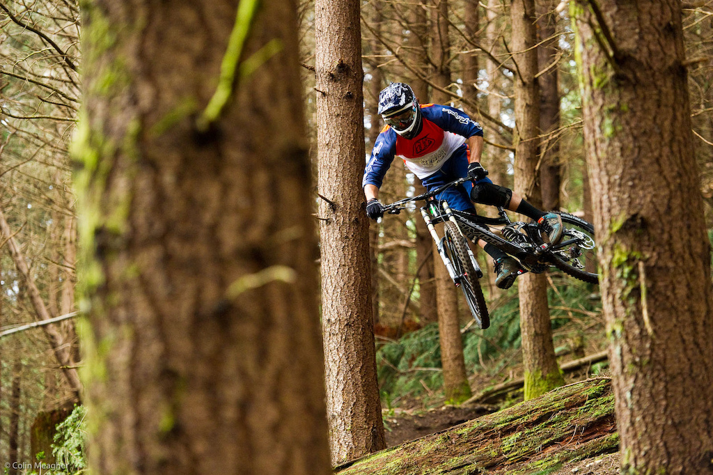 Luke Strobel s World Cup Pivot Phoenix being test ridden on Luke s training trails in Cascadia WA. The Phoenix features a triple butted 6000 series aluminum front triangle mated to a one-piece cold forged rear swing arm. In essence it s elegant like a samurai sword but is as brutally stiff and efficient as a machete on the trails.