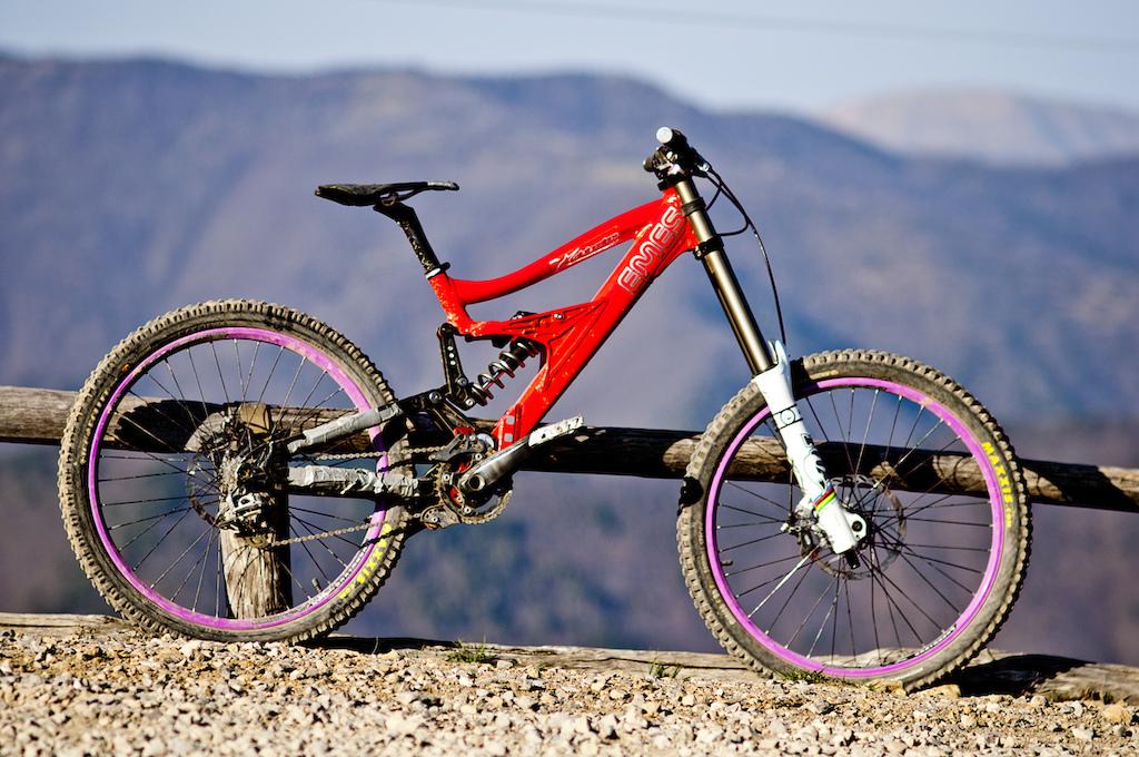 My bike in San Romolo. Thanks for Toyota AMS Kawisbike Emes-Racing XON Mozartt.com & Stigma!