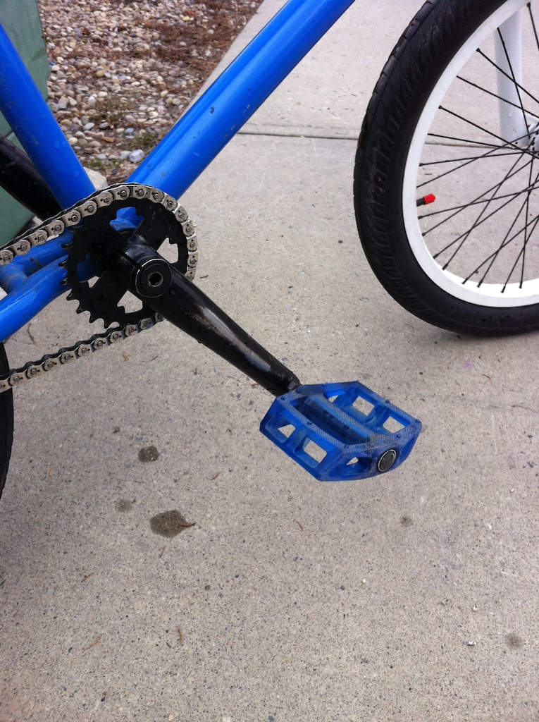 Stock Fit cranks, sprocket, bb and Animal hamilton pc pedals