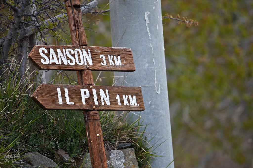 Il Pin one kilometre.