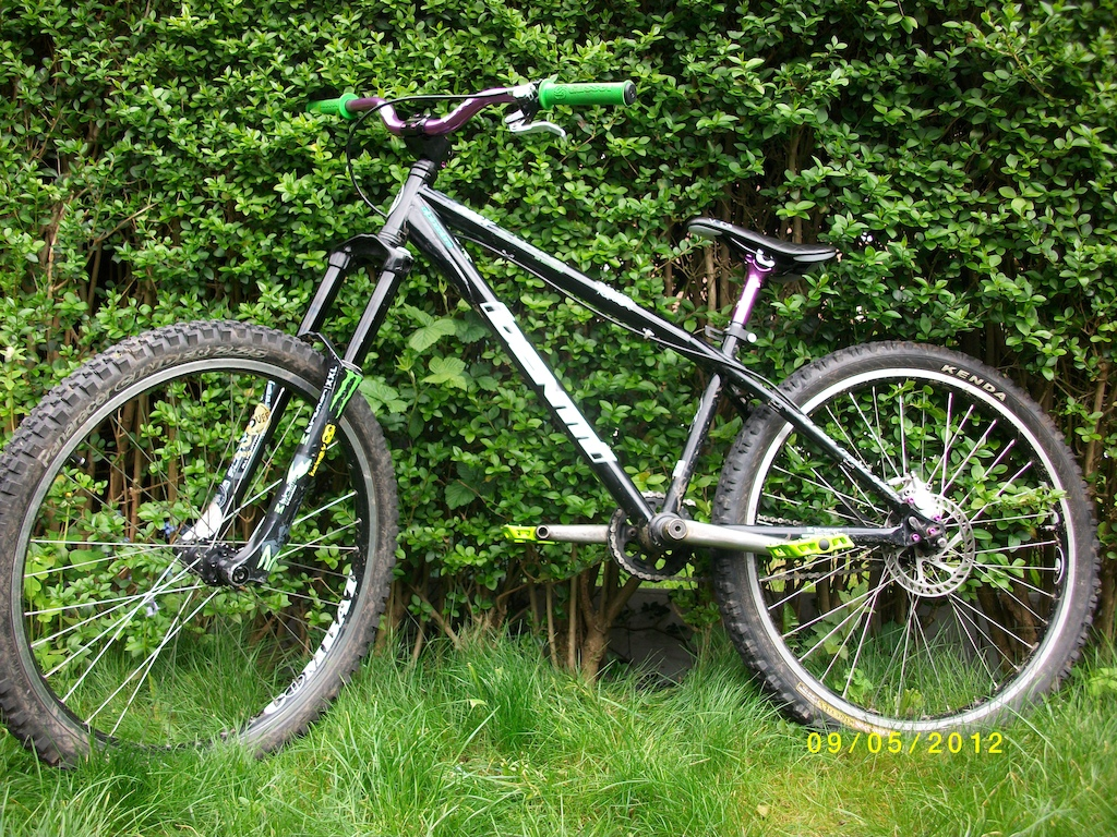 Identiti 666x With Nookie Handlebars Gusset grips Crankarms and Stem Hope c2 rear brake, Halo Combat rims on Hope hubs Marzocchi drop offs dmr Tilt seatpost dmr void slim saddle with anodised bolts perfect dirt jumper!