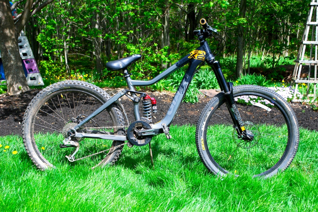 Giant reign X2, Selling the forks pm me