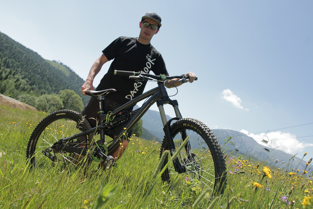 Few bikecheck photos with Remek while filming new edit