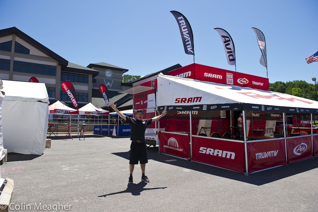 Santa Cruz Syndicate Pits should be right about...here Dougie Fresh wondering where the rig is.