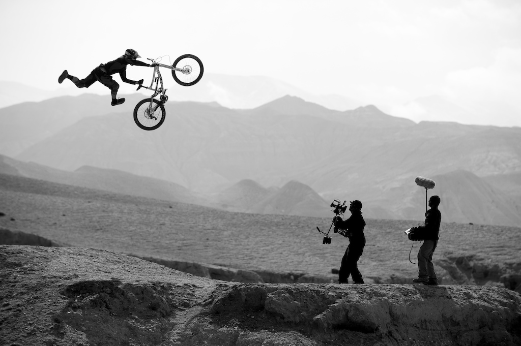 Where The Trail Ends World Premiere Live On Pinkbike