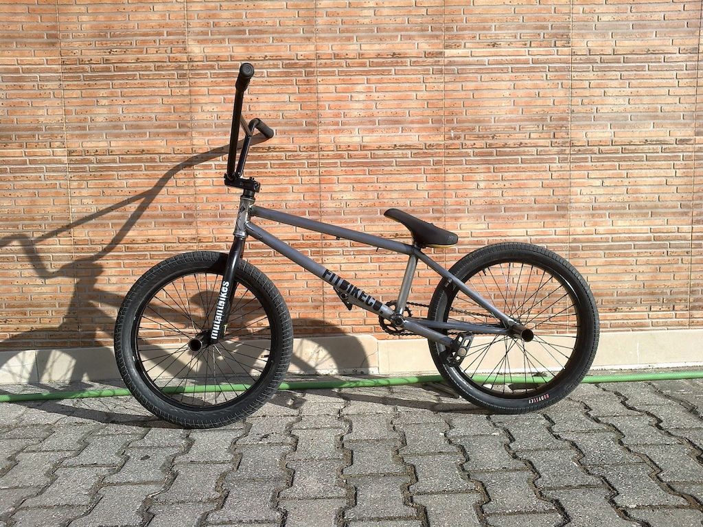 New visual. New stem Stolen Convict top load and new tires