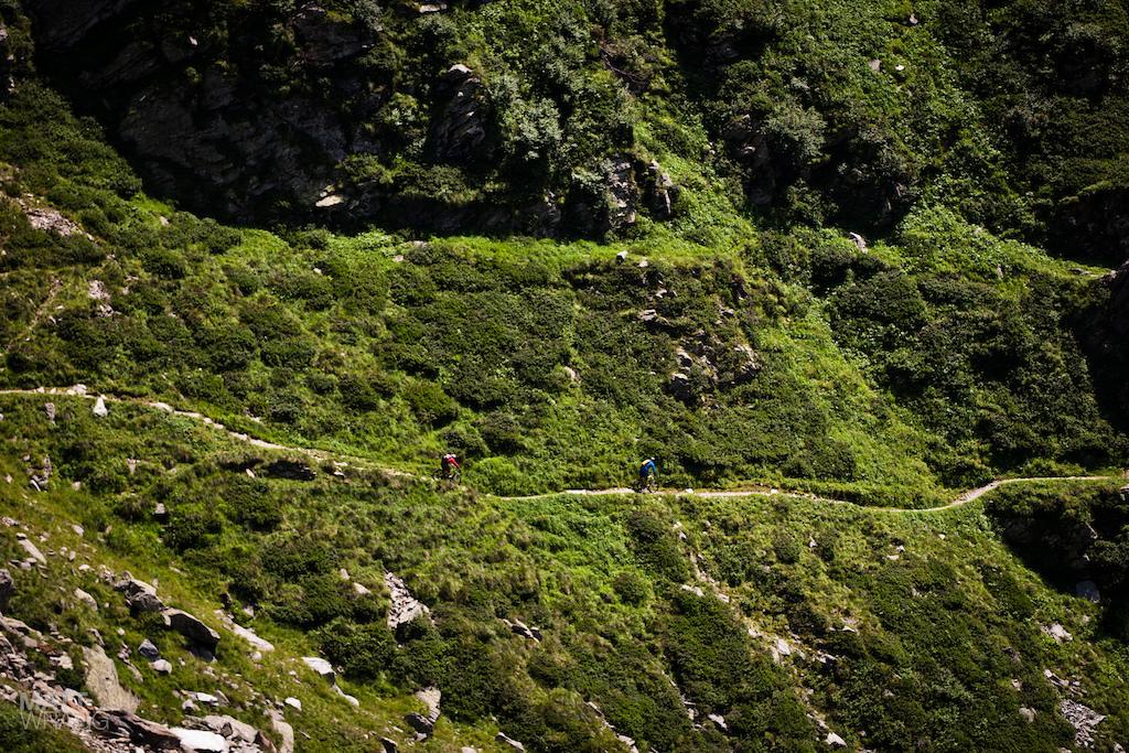 The trail through the gorge.